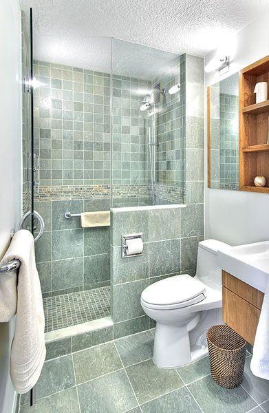 ванная комната с душевой и туалетом