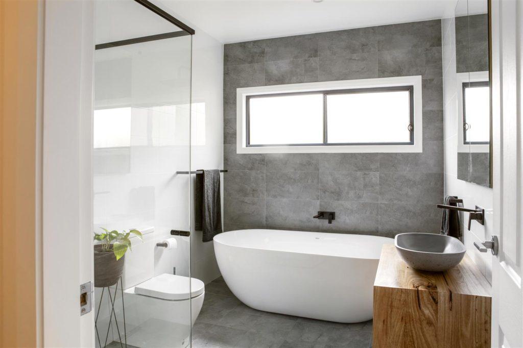 расположение в ванной комнате 4 кв