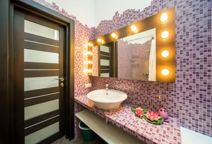 интерьер ванной комнаты мозаика