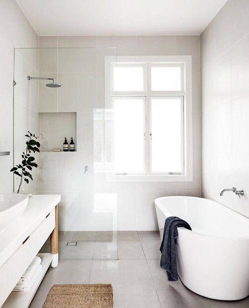 квартира с окном в ванной
