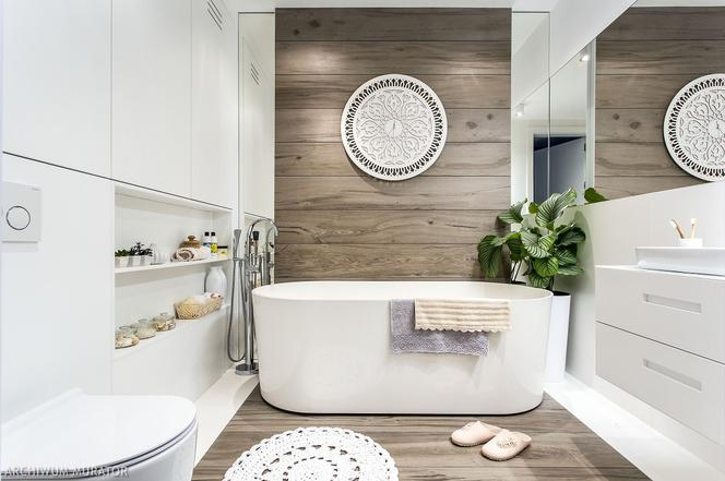 круглое зеркало в ванную комнату