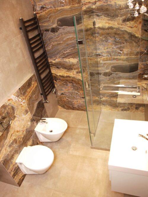 плитка в ванной на пол стены