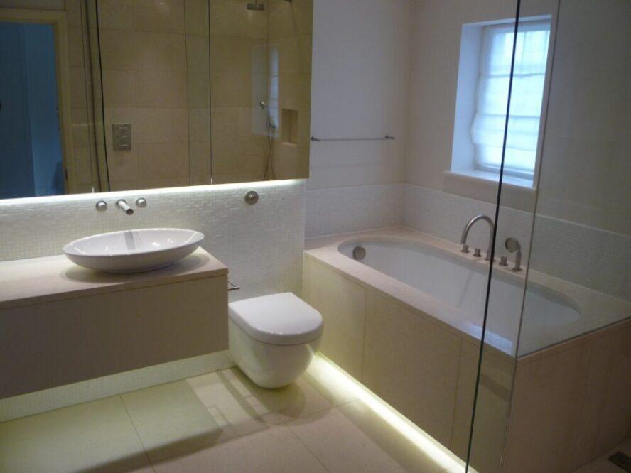 светодиодная подсветка в ванну