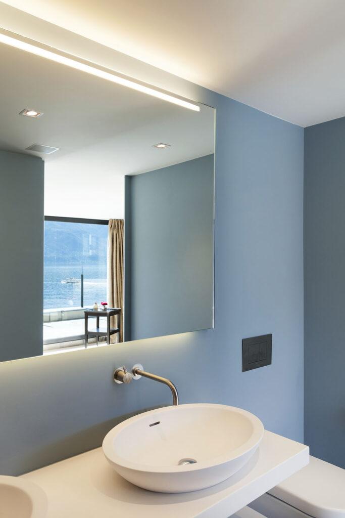 светодиодный потолок в ванной комнате