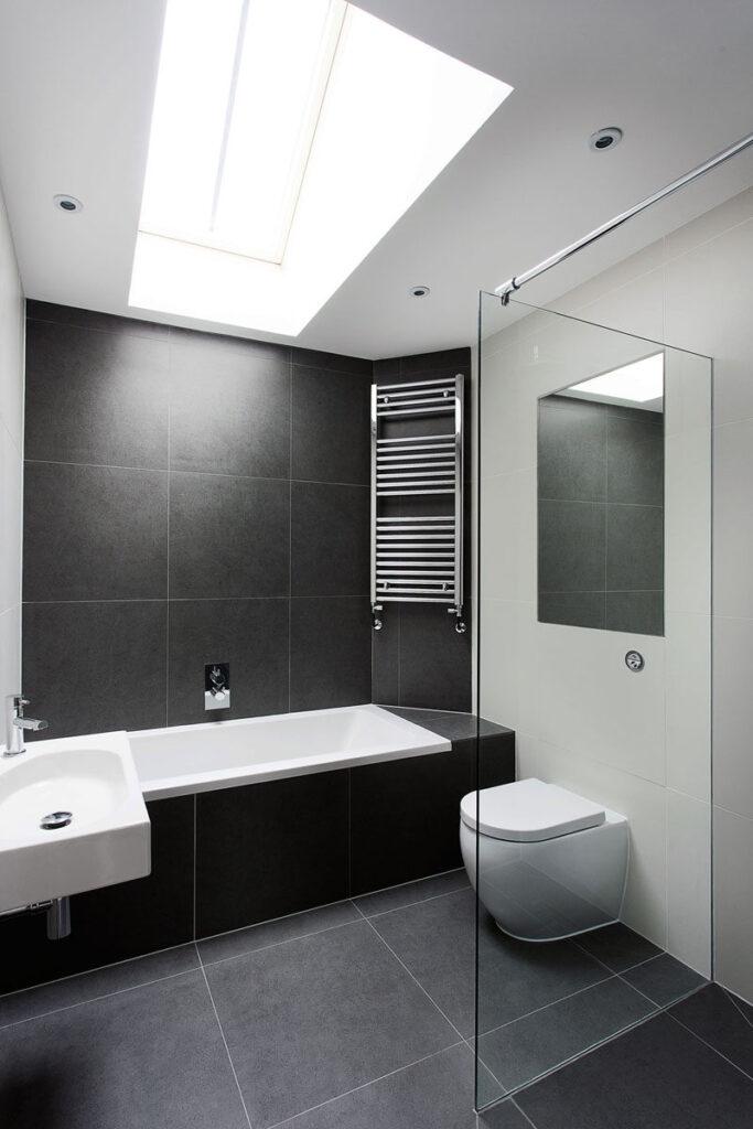 черно белый дизайн в ванной